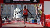 Keňan Wilson Kipsang zaběhl na maratónu v Londýně traťový rekord.