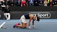 Johanna Kontaová během utkání ve Fed Cupu.