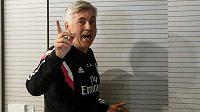Trenér Carlo Ancelotti.