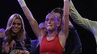 Fabiana Bytyqi se raduje z vítězství