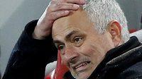 U fotbalistů Manchesteru United po dvou a půl letech skončil trenér José Mourinho.