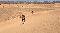 Petr Vabroušek na maratónu v Sahaře. Okamžik na Marathon des Sables.