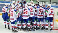 Hokejisté Lva Praha vstupují ve středu do play-off KHL na ledě CSKA Moskva.