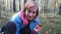 Uzdravující se Veronika Zvařičová už si zašla i do lesa na houby.