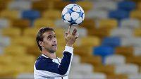 Trenér Julen Lopetegui povede španělskou fotbalovou reprezentaci.