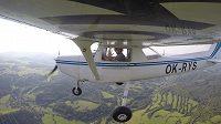 Pavel Francouz v akci coby pilot letadla.