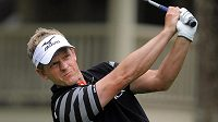 Luke Donald, of England, watches his shot off the eighth tee during the third round of the RBC Heritage golf tournament in Hilton Head Island, S.C., Saturday, April 19, 2014. (AP Photo/Stephen B. Morton)