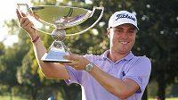 Golfista Justin Thomas je po výhře v hodnocení FedEx Cupu o dalších deset miliónů dolarů bohatší.