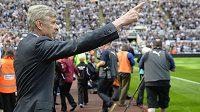 Manažer Gunners Arsene Wenger své svěřence za závěr ligové soutěže pochválil.