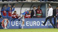 Pavel Vrba (vpravo) se raduje z gólu proti Lotyšsku.