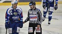 Na olympiádě v Pchjongčchangu se představí 5 českých hokejových rozhodčích. Do nominace IIHF se dostali Jeřábek, Hribik, Lederer, Lhotský a Svobodová (ilustrační foto).