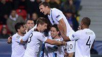 Dani Alves by se rád stal spoluhráčem fotbalistů Manchesteru City.