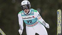 Český skokan na lyžích Roman Koudelka triumfoval v Engelbergu.