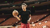 Basketbalista Trae Young zůstává v Atlantě.