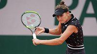 Česká tenistka Markéta Vondroušová v akci na French Open.