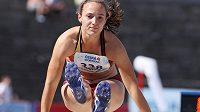 Barbora Dvořáková v dálkařském sektoru při mistrovství republiky v Třinci.