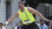 Joe Kovacs jako první překonal v této sezóně překonal 22 metrů.