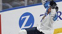 Finský hokejový hrdina Marko Anttila slaví na mistrovství světa.