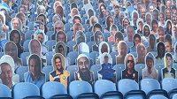 Figuríny, mezi kterými v hledišti v Leedsu nechyběla fotografie Usámy bin Ládina.