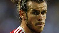 Hvězdný Velšan Gareth Bale se na hřišti Švédska střelecky neprosadil.