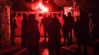 Nespokojení fanoušci Manchesteru United napadli dům viceprezidenta Eda Woodwarda.