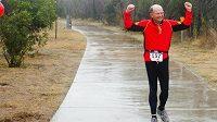 Právník Larry Macon, který miluje běhání.