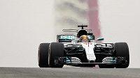 První trénink na Velkou cenu USA formule 1 vyhrál Lewis Hamilton z Mercedesu.