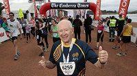 John Beagle si v 83 letech zaběhl deset kilometrů, stále bojuje proti stárnutí.