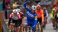 Francouz Julian Alaphilippe při nedávném úspěchu v závodě Tirreno Adriatico.