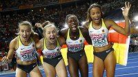 Bronzové německé sprinterky po finále štafet na 4x100 m na atletickém ME v Berlíně.