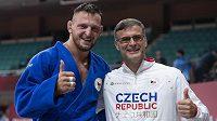 Český olympijský vítěz Lukáš Krpálek a jeho trenér Petr Lacina.