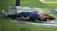 Zraněný Kylian Mbappé z PSG při utkání s Toulouse.
