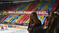 Choreo českobudějovických fanoušků během semifinálové série hokejové WSM ligy proti Kladnu.