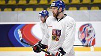 Obránce Jakub Nakládal na rozbruslení hokejové reprezentace.