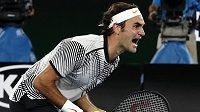 Roger Federer se raduje ze zisku grandslamu.