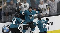 Hrdina týmu San Jose Sharks se jmenuje Barclay Goodrow. Právě on gólem zařídil svému týmu postup do 2. kola play off NHL přes Vegas.