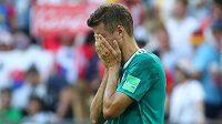 Německý reprezentant Thomas Müller neskrývá zklamání. Obhájci titulu se loučí s MS už po základní skupině.