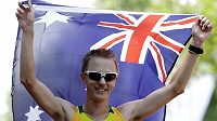 Australský chodec Jared Tallent slaví stříbro na olympiádě v Londýně v závodu na 50 kilometrů.