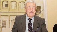 Ve 92 letech zemřel Aleš Hrabě, který se výraznou měrou podílel na rozvoji baseballu a softbalu v Česku.