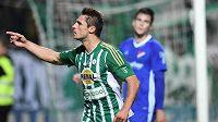Útočník Bohemians Jevgenij Gennaďjevič Kabajev se raduje z vyrovnávacího gólu proti Baníku.