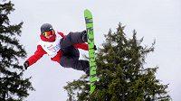 Vítěz závodu ve slopestylu ve Špindlerově Mlýně Lucien Koch ze Švýcarska.