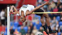 Katarský výškař Mutaz Essa Baršim vytvořil rekord Zlaté tretry výkonem 238 cm.
