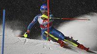 Americká lyžařka Mikaela Shiffrinová útočí při slalomu ve Flachau na další triumf ve Světovém poháru.