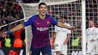Luis Suárez slaví branku do sítě Realu