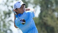 Irský golfista Rory McIlroy v Arizoně.