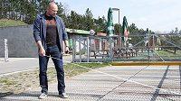 Václav Chalupa při práci v račickém areálu.