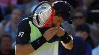 Andy Murray se vrátil na kurty po jedenáctiměsíční pauze zaviněné problémy s kyčlí