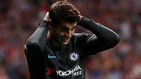 Álvaro Morata si musí od fotbalu nuceně odpočinout.