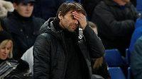 Trenér Chelsea Antonio Conte ví, že se jeho svěřencům nedaří tak, aby mohli myslet na titul. Dostane známý kouč šanci u italské reprezentace?