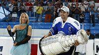 Petr Sýkora a Stanley Cup v Plzni. Zahraje si ještě o nejcennější trofej?